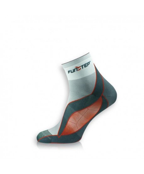 Short gray / red running socks