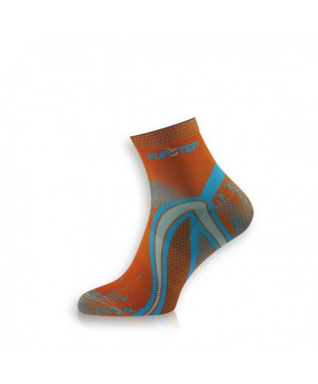 Short orange / blue running socks