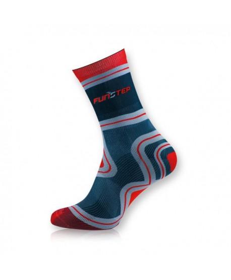 Medium black / red trekking socks
