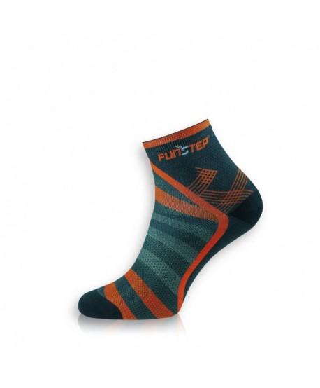 Short black / red trekking socks