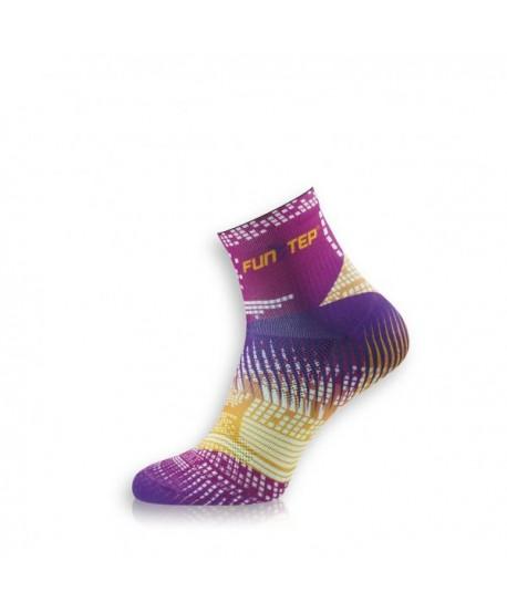 Creative short pink / yellow cycling socks