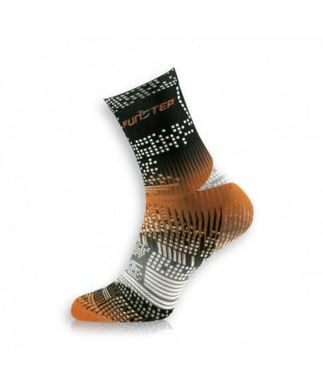 Creative medium black / orange cycling socks