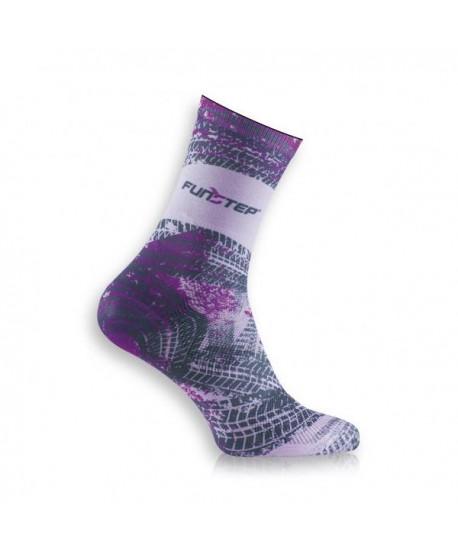 Pink / gray patterned socks