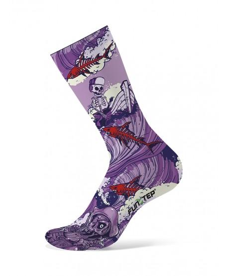 Mauve / red patterned socks